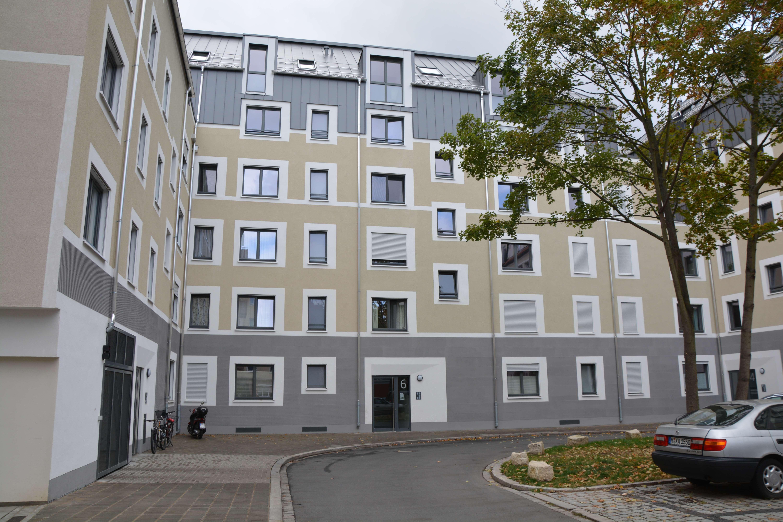 Nibelungenviertel - Stilvolle, neuwertige 2-Zimmer-Erdgeschosswohnung mit Balkon und EBK in Nürnberg in Glockenhof (Nürnberg)