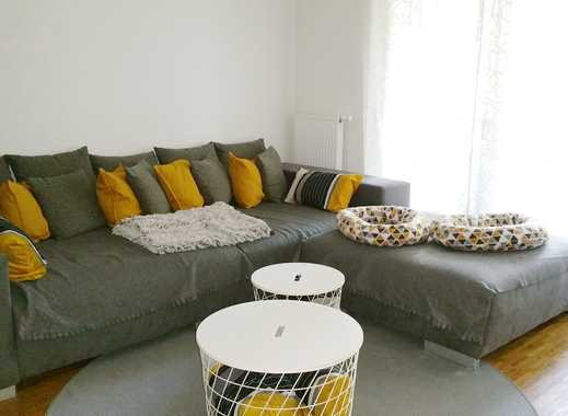 Helle Erdgeschosswohnung mit Terrasse und Loggia - 3 Zi, 105 qm