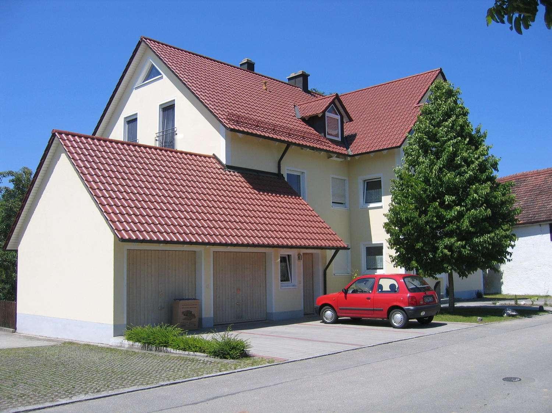 Hochwertige Wohnung in einem 6-Familienhaus mit Garage u. Stellplatz