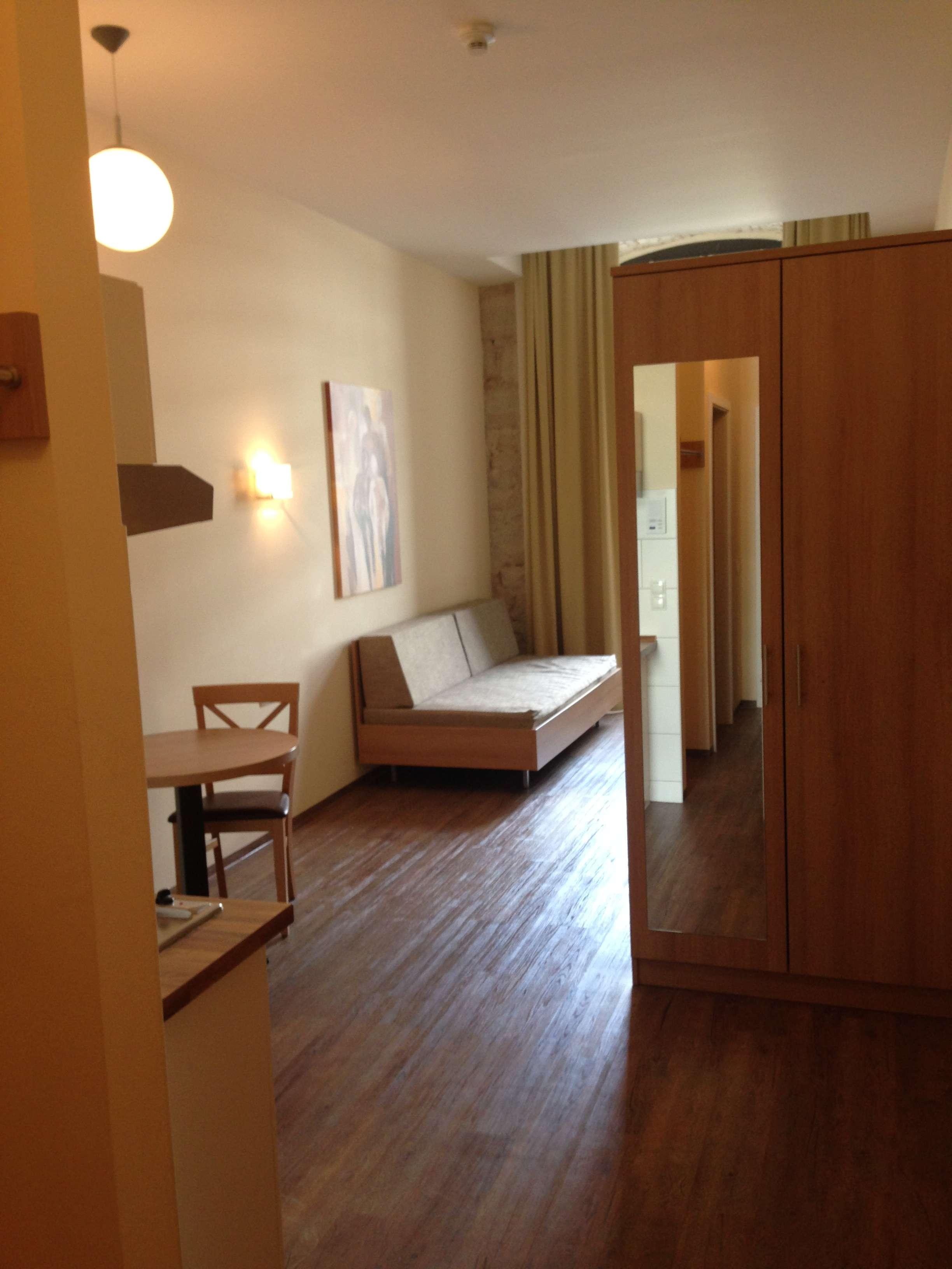 2-Zimmer-Appartement, WG geeignet; Frei ab 01.07.2019