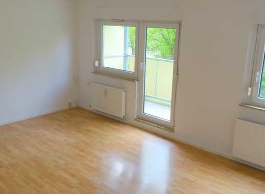 **Ruhige Lage - Tolle 3 Raum Wohnung**