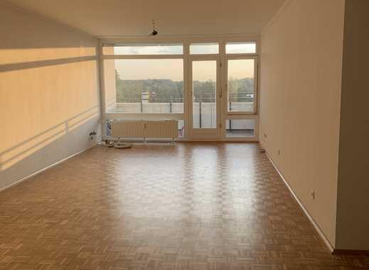 Vollständig renovierte 3-Zimmer-Wohnung mit Balkon in Langenfeld (Richrath)
