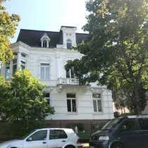 Attraktive 6- bis 7-Zimmer-Maisonette-Eigentumswohnung in