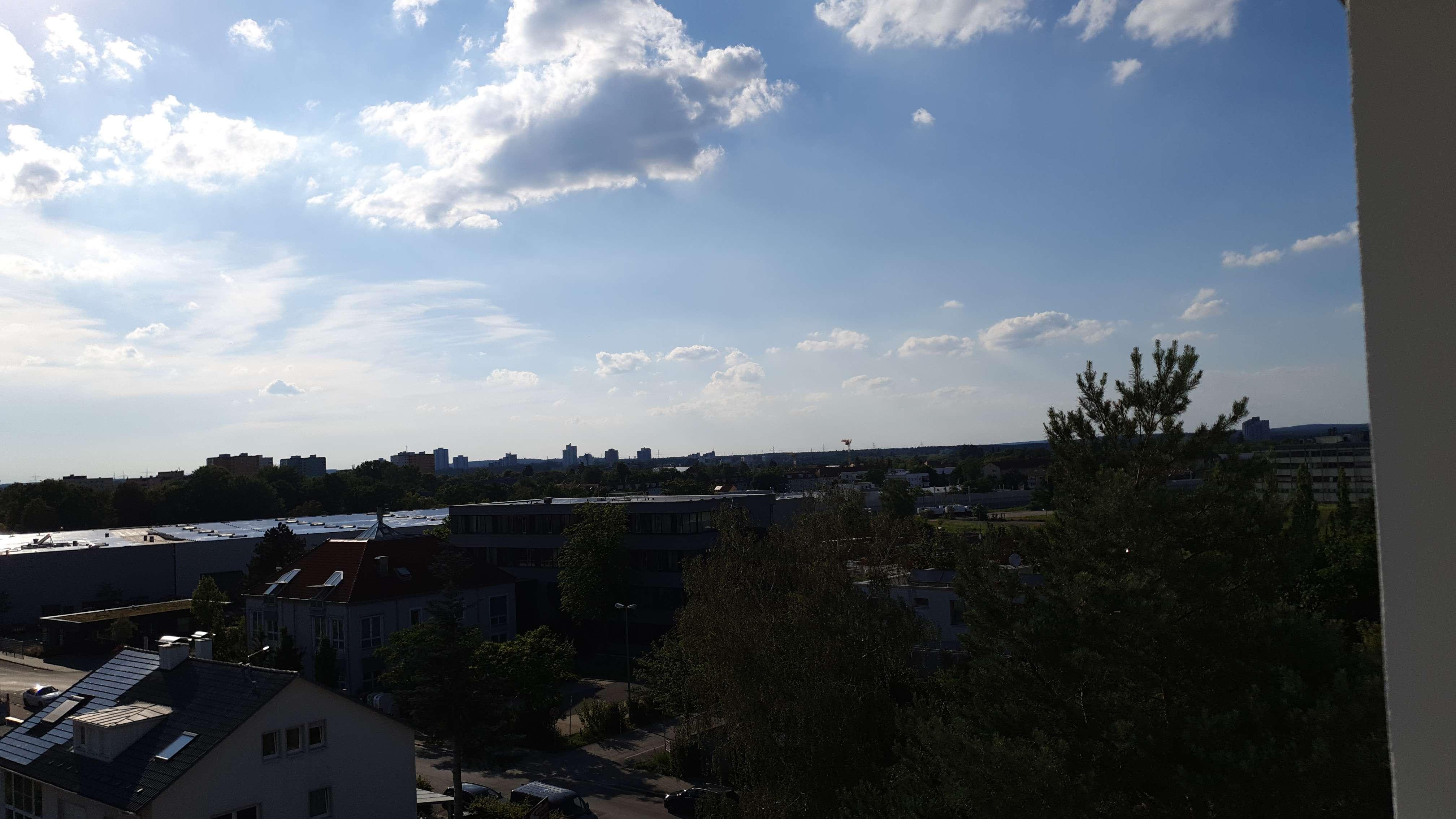 Dachwohnung nähe Siemens Campus mit herrlichem Fernblick in