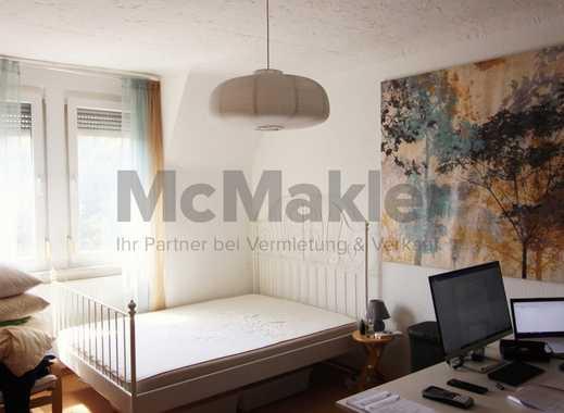 Ideale Kapitalanlage - Vermietete 2,5-Zi.-ETW mit ausgebautem Dachboden in Bad Canstatt