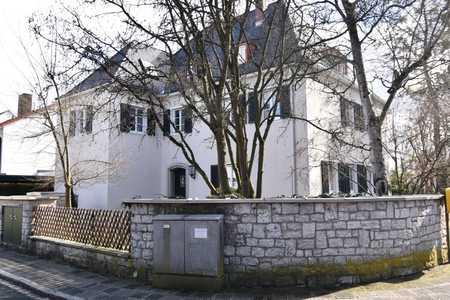 komplett möbliertes Zimmer in Laufamholz (Nürnberg)