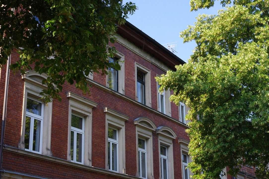 Großzügige 5-Zimmer-Altbau-Wohnung mit Balkon in ruhiger, zentraler Innenstadtlage in Coburg-Zentrum (Coburg)