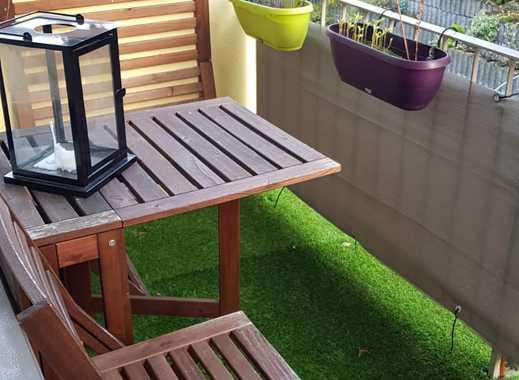 Preiswerte, modernisierte 2-Zimmer-Wohnung mit Balkon in Velbert