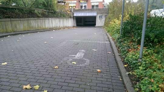 Zentraler Tiefgaragenstellplatz in 31515 Wunstorf, Am Stadtgraben 17