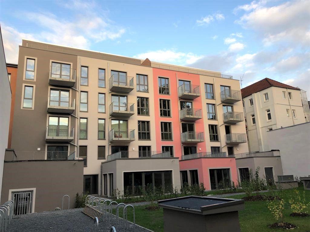 WG-geeignet! 4-Zimmer-Wohnung mit Terrasse und ...