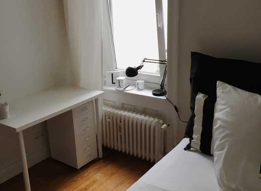 Suche Untermieter für möbliertes, 11qm Zimmer in einer tollen 4-er WG in Uhlenhorst