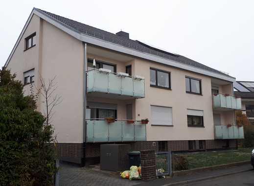 Moderne 2 ZKB Dachgeschosswohnung mit offener Einbauküche.