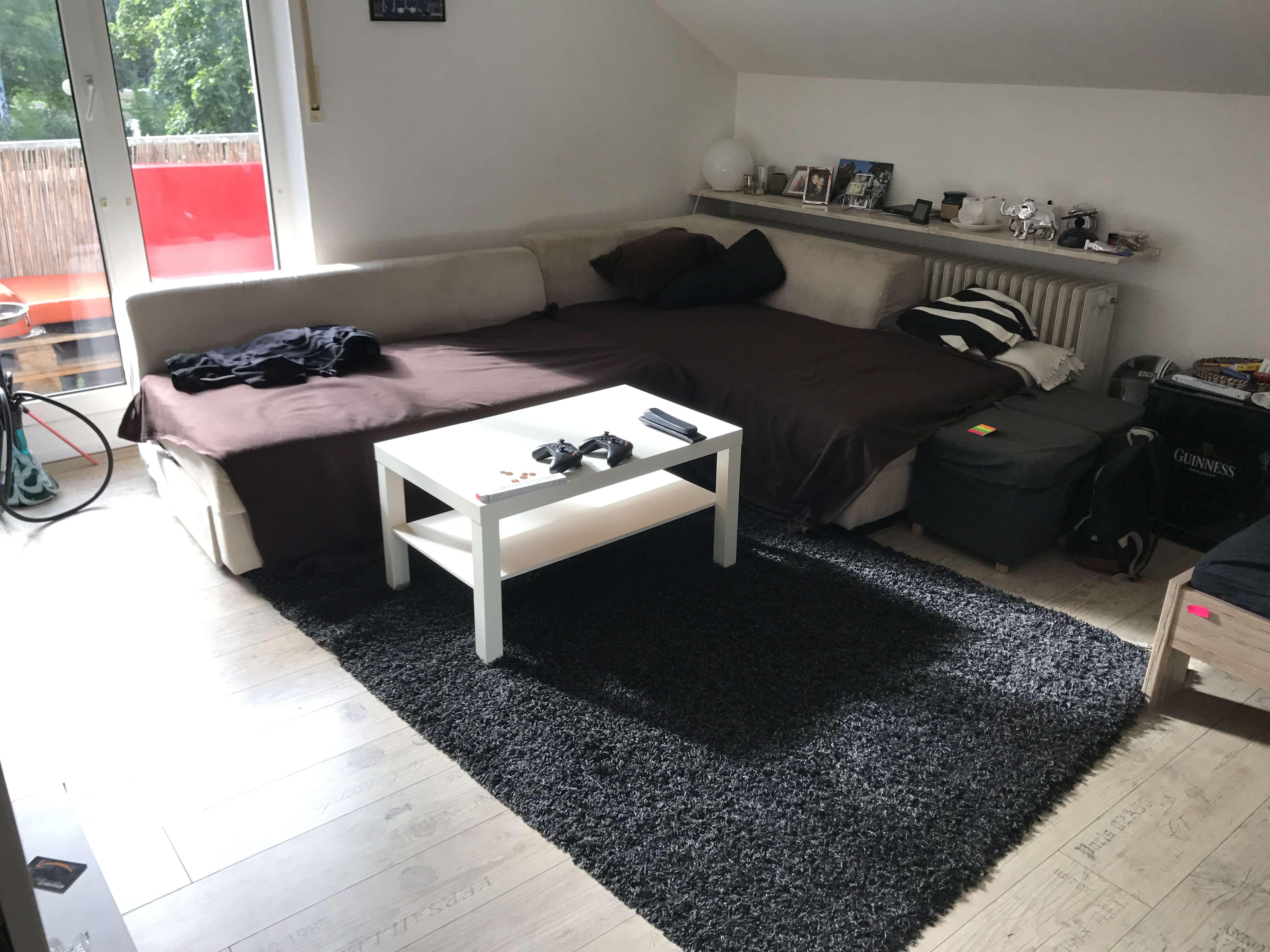 Gemütliche 1,5-Zimmer- Single-DG-Wohnung mit Balkon in