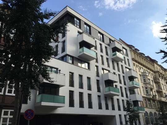 Wohnen in den Wallhöfen: Moderne 4 Zimmer Wohnung mit großer Dachterrasse, Balkon und Loggia