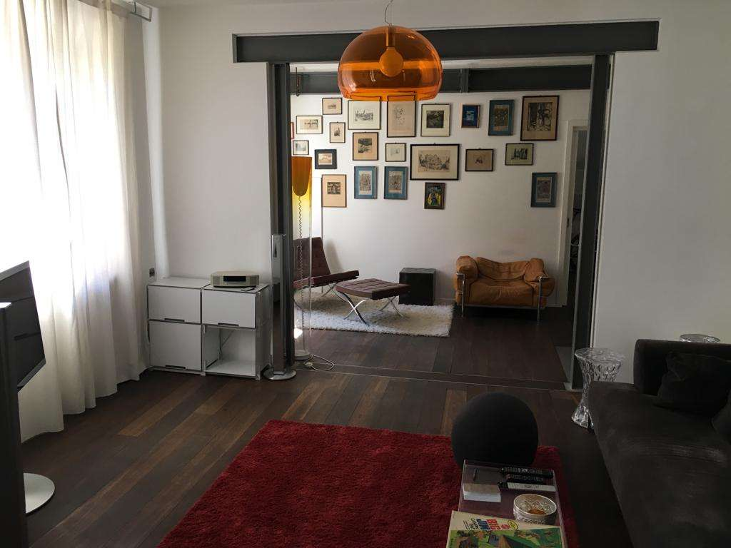 Stilvolle 3-Zimmer-Altbau-Wohnung mit Balkon an der Isar