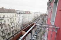 Sonnige 3 Zimmer Dachgeschoss-Wohnung mit