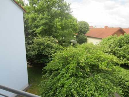 Tolle 2-Zimmerwohnung mit großen Westbalkon in Dingolfing