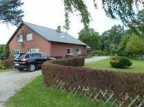 Bild Freistehendes Einfamilienhaus mit landwirtschaftlicher Fläche