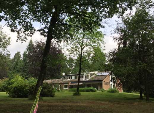 Großzügig - innen und außen:   174 m²  im Verwalterwohnhaus