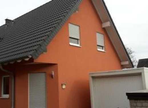Unmöbil. Zimmer in 2er WG im Neubau 3 Fam. Haus in Hürth-Fischenich