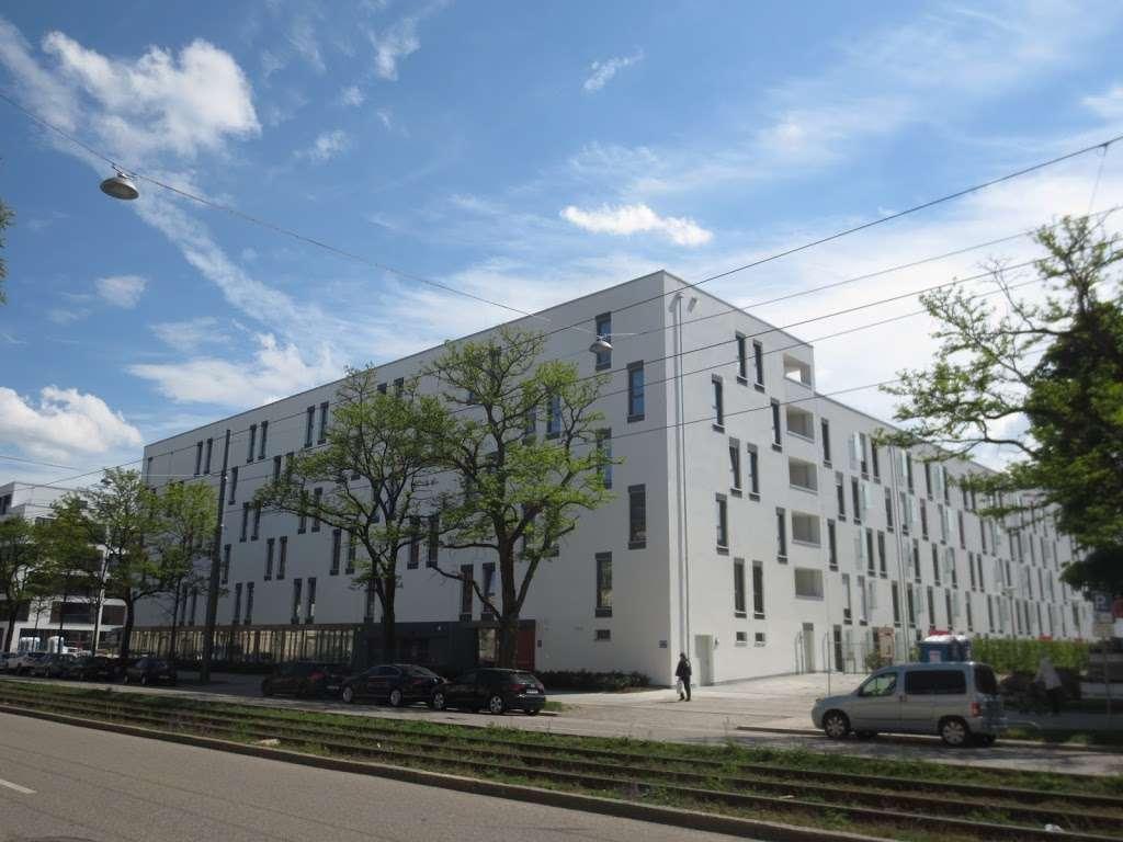 ROLLSTUHLFAHRER-WOHNUNG   München Modell 4 Zimmer in Neuhausen in Neuhausen (München)