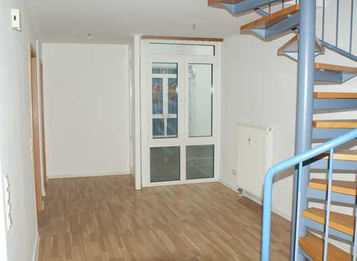 3-Zi-Maisonette-Whg in zentraler Lage - WOHNEN WIE IM EIGENEN HAUS!!! + Terrasse + Frisch renoviert