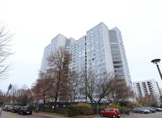 Hoch oben wohnen im Kienbergtower - Gepflegte 4 Zimmer-Wohnung in Berlin-Marzahn
