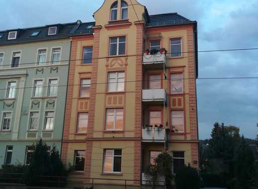 Gepflegte 5-Zimmer-Maisonette-Wohnung mit Balkon und Einbauküche in Gera
