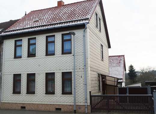 Gepflegtes Ein- / Zweifamilienhaus mit Garagen und großem Grundstück in Ellrich