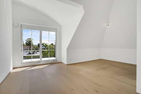 Helle 2-Zimmer-Wohnung mit Balkon und EBK in Perlach (München)
