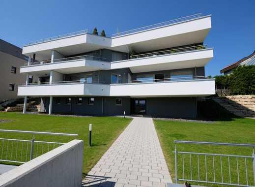 Großzügige und moderne 4-Zimmer-Wohnung mit sonnigem, großen Garten und Blick über das Neckartal!