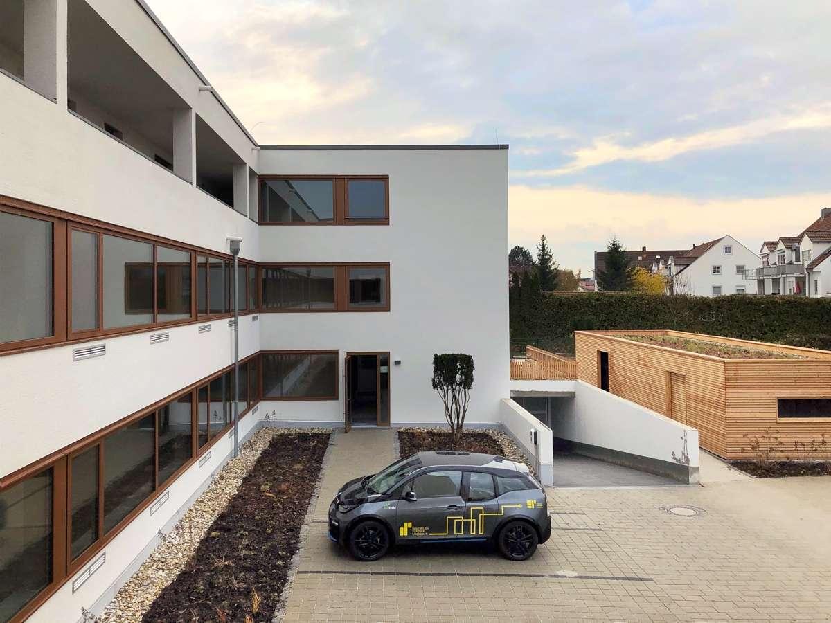 WOHNKONZEPT 50+ barrierefreie 3-Zimmer-Wohnung in Piflas, Erstbezug, Balkon, EBK in Ergolding