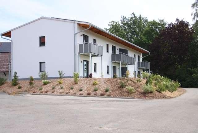 WOHNEN IM GRÜNEN: Erstbezug mit EBK und Terrasse/Balkon: schöne 2-Zimmer-Wohnungen in Rinkam in
