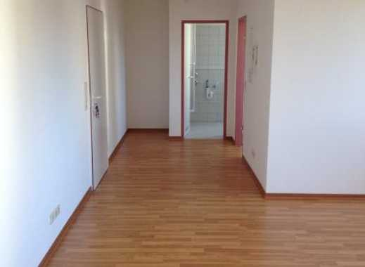 Große 2-Zimmer-Wohnung