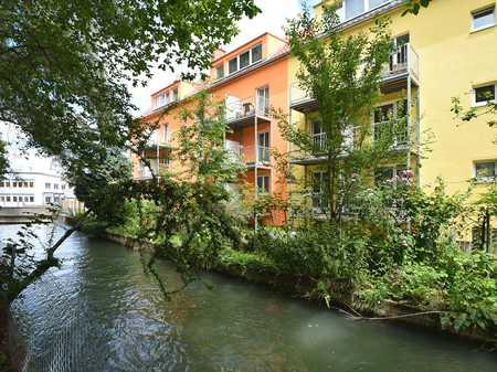 ERSTBEZUG/SANIERT: Moderne 2 Zimmer-Etagenwohnung mit Balkon in Augsburg-Innenstadt