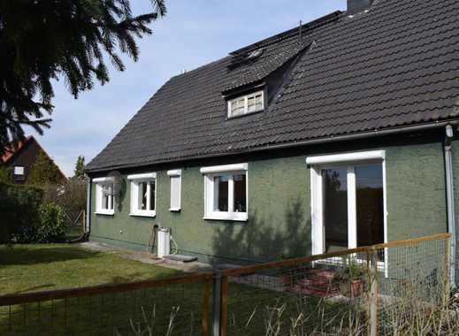 Einfamilienhaus in ruhiger Lage mit großem Grundstück