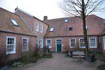 Bild Gepflegte 2-Zimmer-Wohnung mit Einbauküche in Aurich