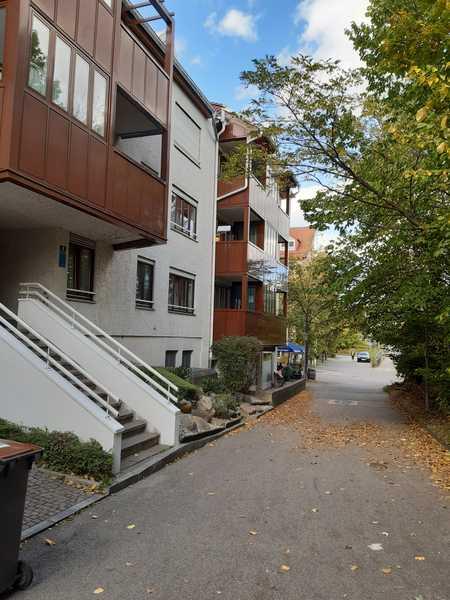 Schöne, geräumige zwei Zimmer Wohnung in München (Kreis), Unterhaching in Unterhaching