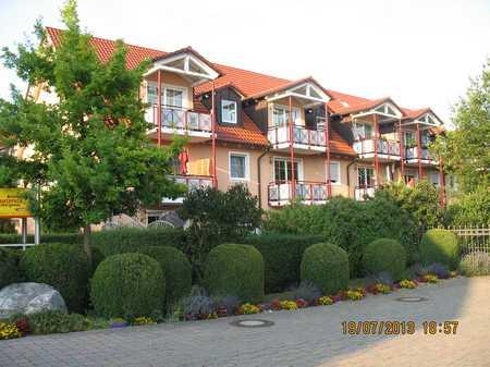 Helle 3-Zimmer-Dachgeschosswohnung mit Südbalkon plus zwei Sudioräumen und schönem Keller in Hallbergmoos