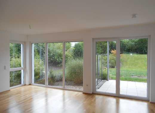 Schöne helle barrierefreie Erdgeschosswohnung mit Terrasse und Garten zu vermieten!