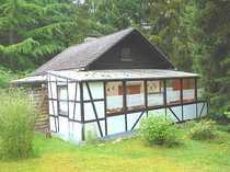 Schönes Wochenendhaus Massivhaus mit Wintergarten