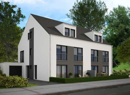 Moderne Doppelhaushälfte mit möglicher Ausbaureserve im DG!