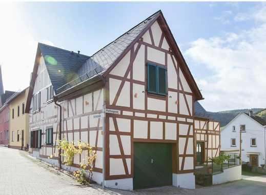 Schönes, geräumiges Haus mit fünf Zimmern in Rhein-Lahn-Kreis, Filsen