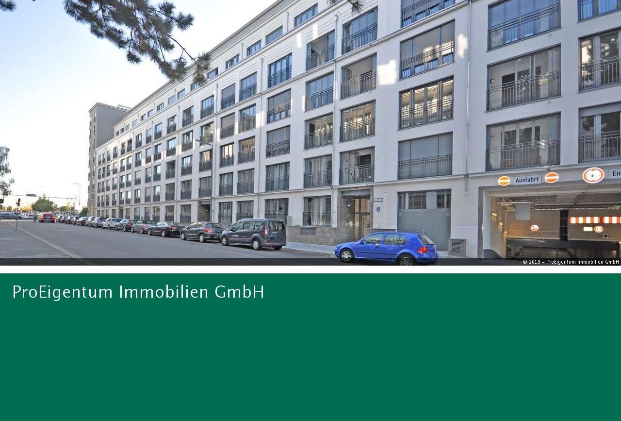 """Stilvolles Wohnen im """"The Grand"""": exklusive 2-Zi-Whg. mit offener Küche und Balkon in Bogenhausen (München)"""