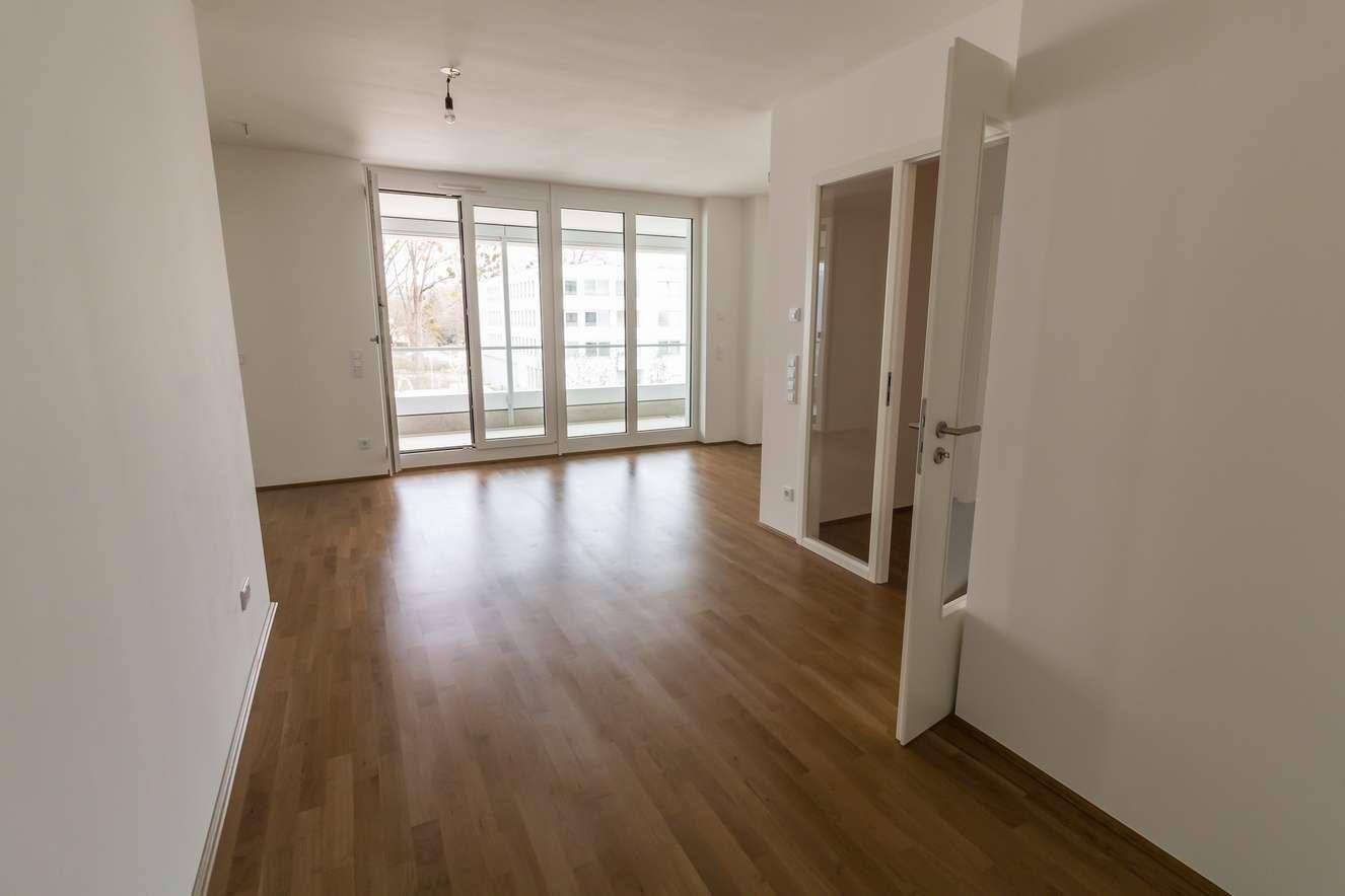 Erstbezug: attraktive 3-Zimmer-Wohnung mit Loggia in München (Allach)
