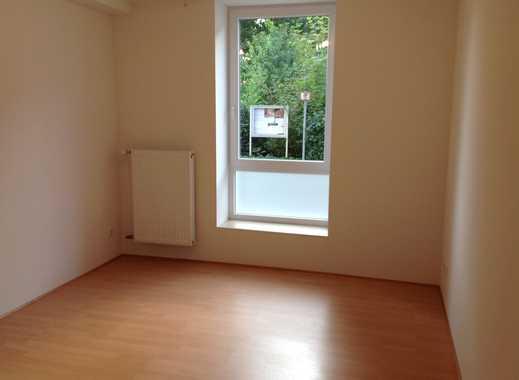 Helle, 4,5-Zimmer-EG-Wohnung in ruhiger, zentraler Lage von Issum
