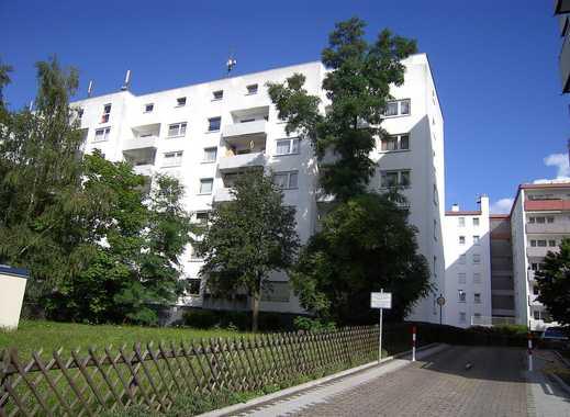 Schöne helle renovierte 3 Zimmer-Wohnung in Dreieichenhain