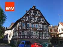 Traditionslokal Zum Hirsch mit Wohnräumen