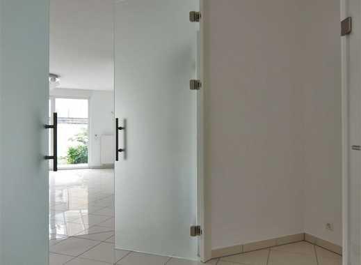 haus kaufen in frankfurter berg immobilienscout24. Black Bedroom Furniture Sets. Home Design Ideas