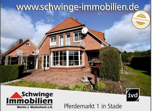 SCHWINGE IMMOBILIEN Stade: Familienhaus mit 175 m² Wohnfläche und Vollkeller zu verkaufen.